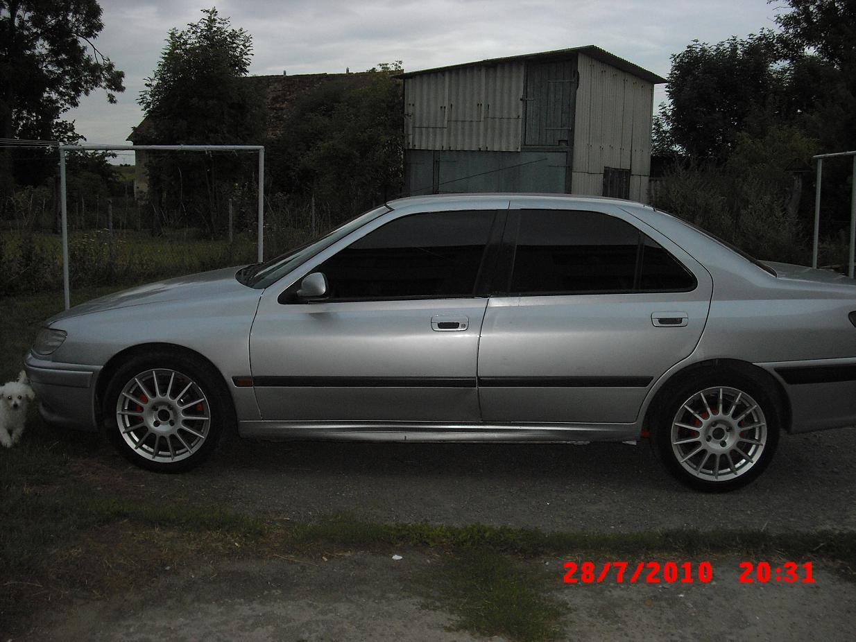 1997 Peugeot 406.